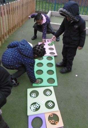 playing with numbers numicon